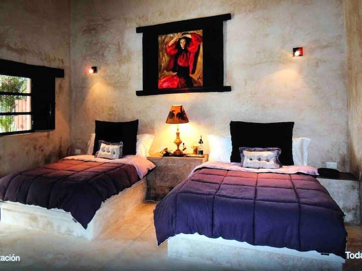Luxury private Suite in Hacienda Sacnicte, Izamal