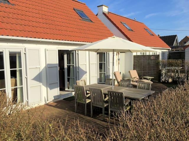 Vakantiehuis (6 pers) in De Haan met parking. - De Haan - Villa
