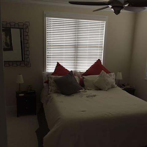 Extension Bedroom to Luxury Loft In Short Pump - Glen Allen - Condomínio