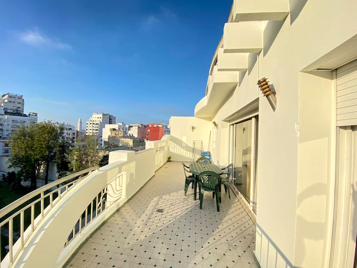 Grand balcony view Apartment in gauthier