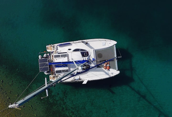 Learn how to live and sail on a Catamaran boat