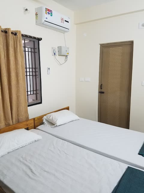 BalaSatya HomeStay 4 Beds