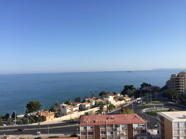 Modern appt. on the beach, great view , 14th floor - Alacant - Appartement