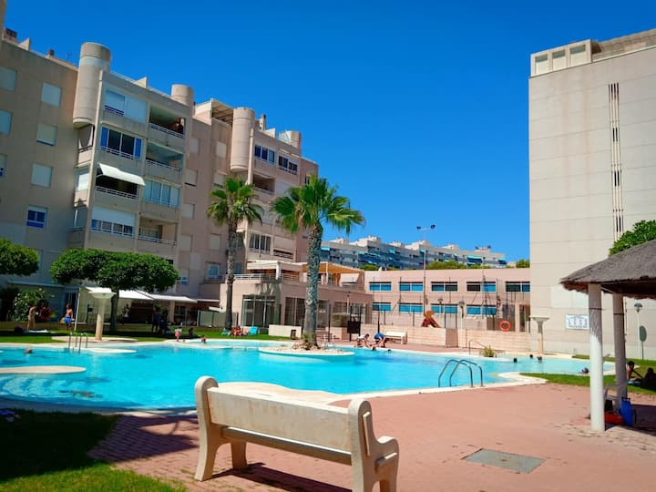 Cozy apt with TERRACE + POOL in Campello