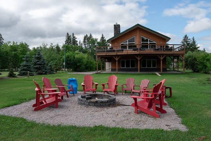 4 season Family escape in Lac du Bonnet