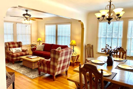 Bright and Relaxing 3 BR Retreat. Walk To Town!