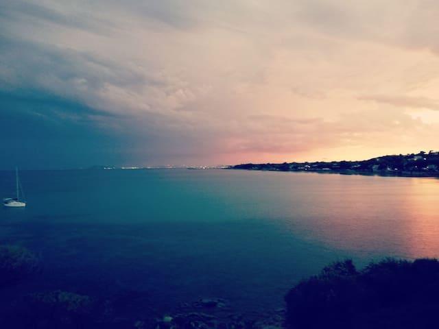 Villino con 2 camere vicino al mare - Baia Azzurra
