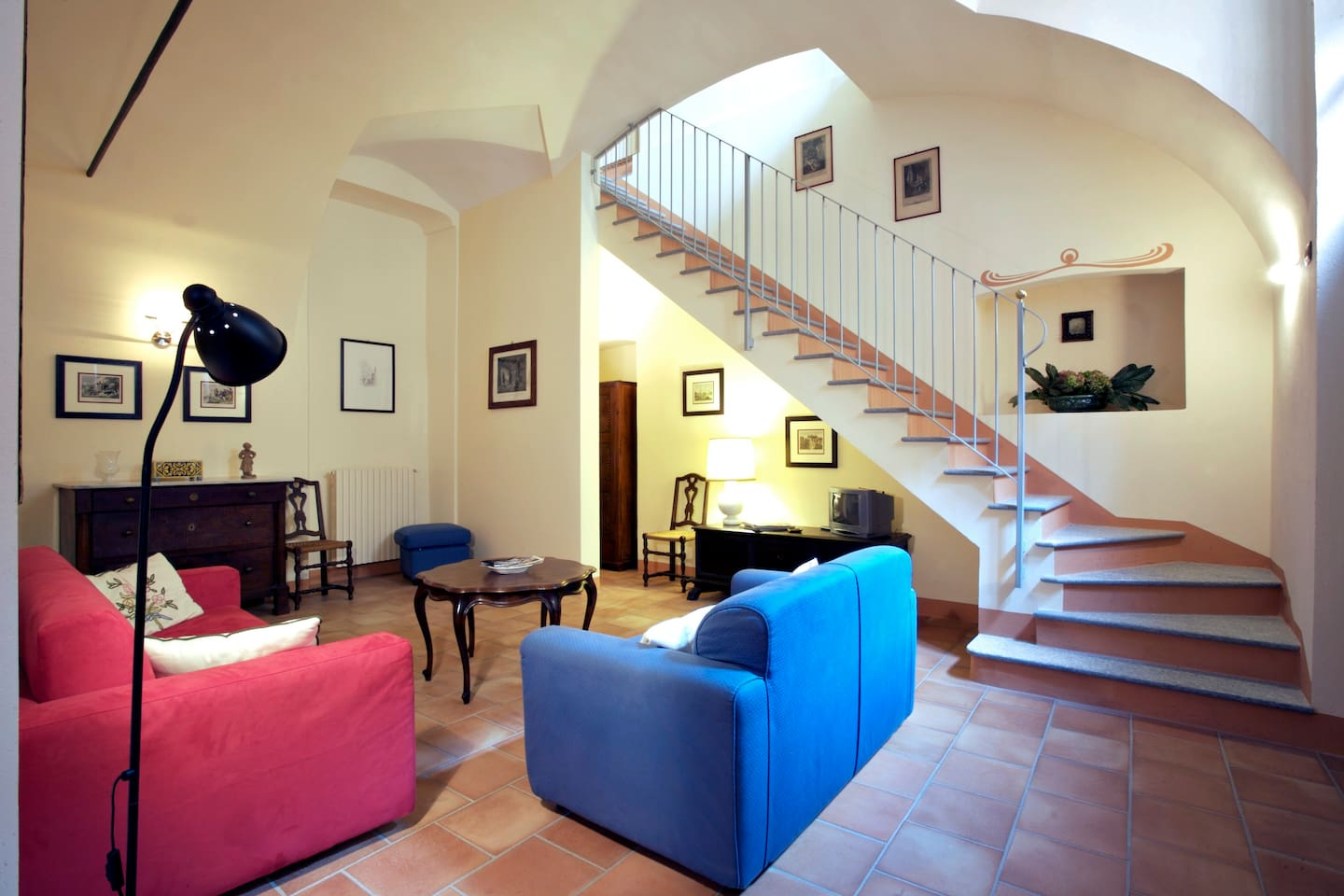 Living room and 1st floor bedrooms stair