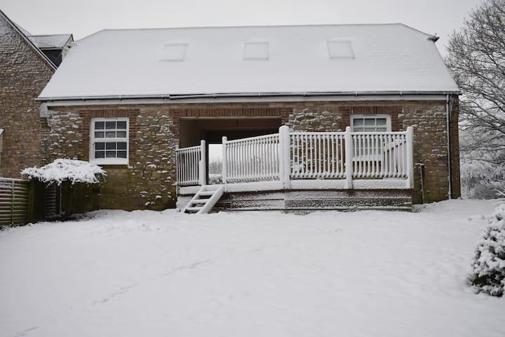 Whitcombe lodge