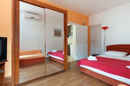 Cozy Apartment Ivarossa A-3 - Leilighet