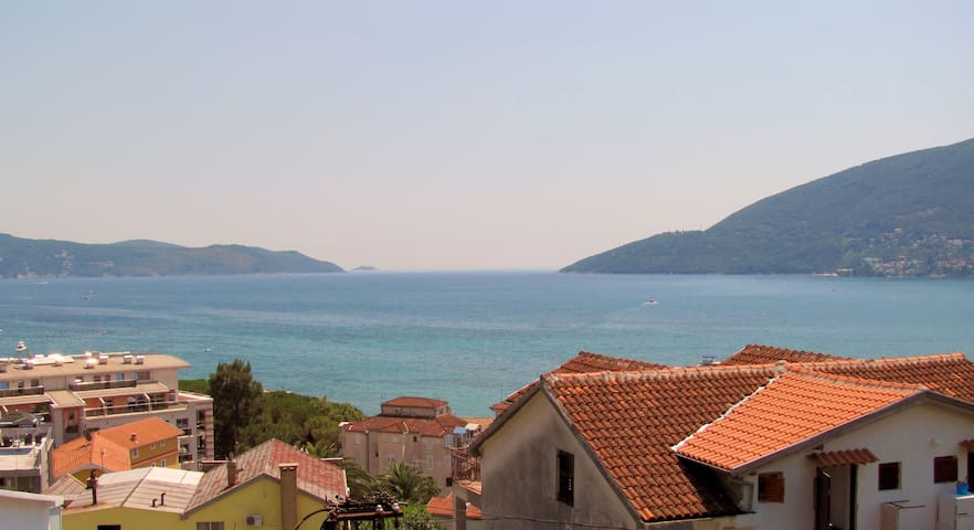 1BD rm min. away from beaches, dining, attractions - Igalo, Herceg Novi - Casa