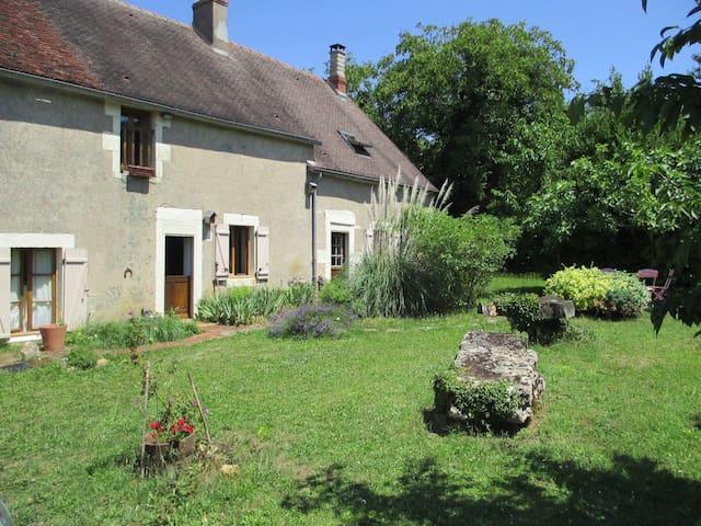 Maison Longère XIXè Grand jardin Le jardin de Zola