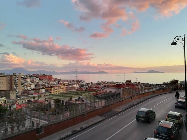Ampio Bilocale Panoramico