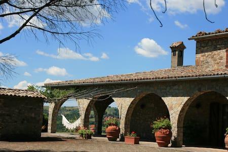 Villa Anna con piscina - Baschi - วิลล่า