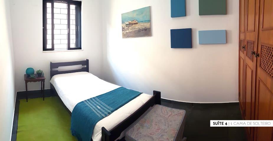 Suíte 4 de 5 em grande casa na Ribeirânia - Ribeirão Preto - Guest suite