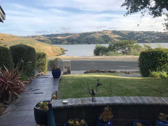 Water View Home close to Napa and San Francisco!
