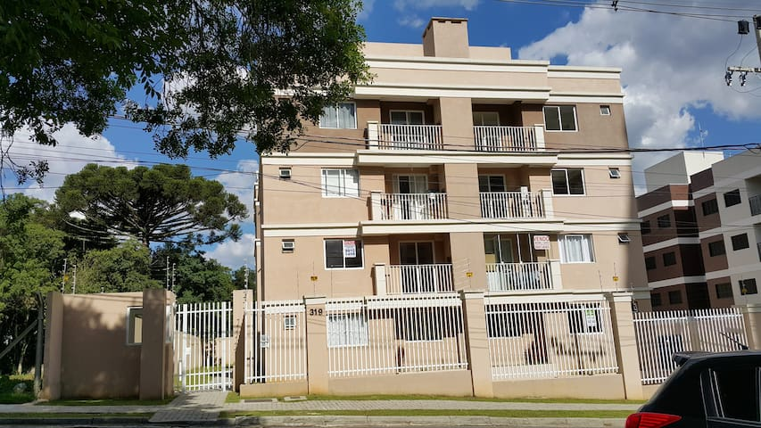 Safe and strategic, perfect for tourism and work - Curitiba - Apartment