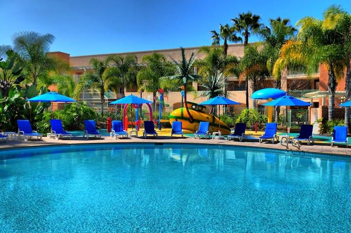 Grand Pacific Resort, Legoland & Beach March 13-20