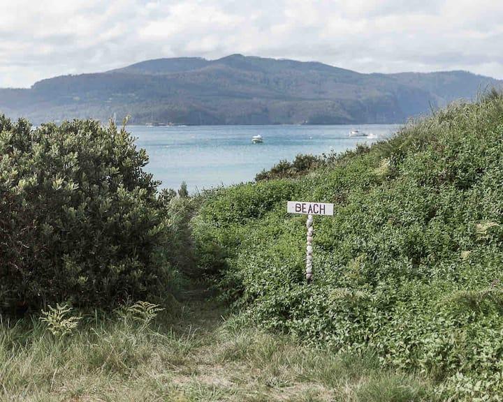 Beachfront- Sea Dragon Shacks
