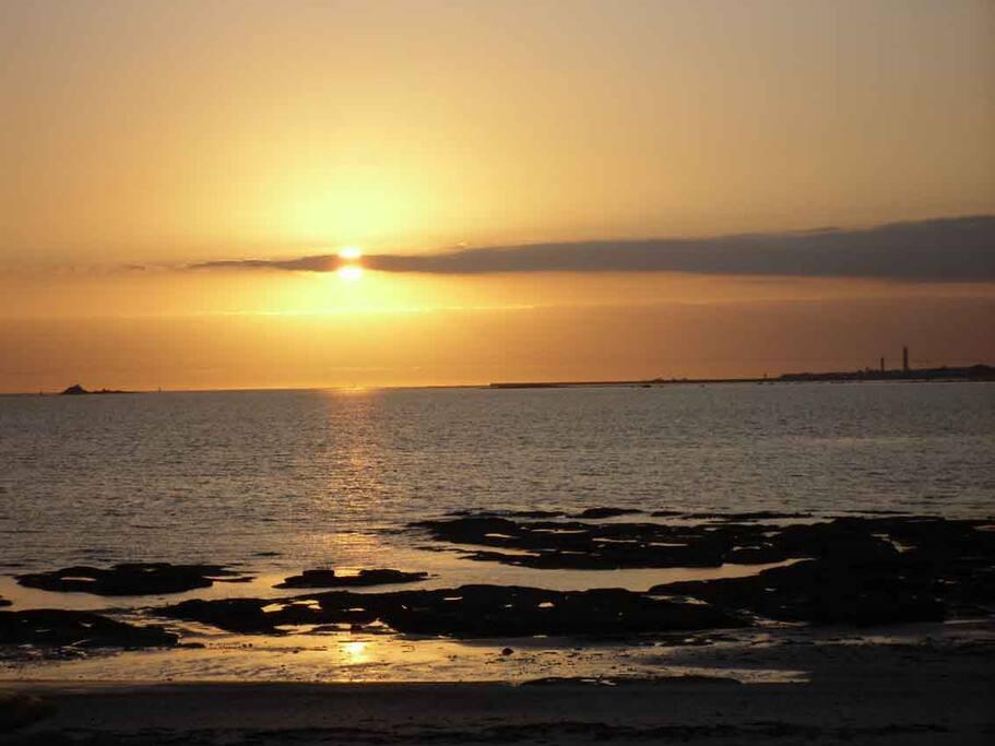 Magnifiques coucher de soleil sur la baie devant Men Braz