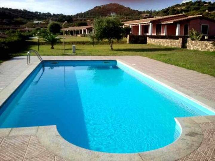 House in front of the sea - swimming pool