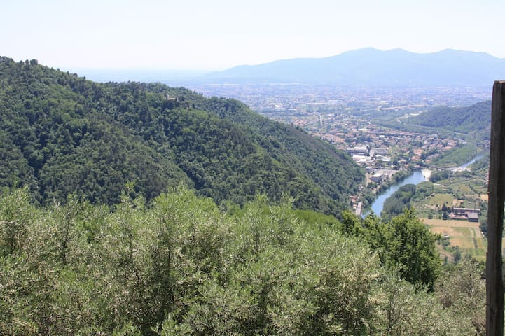 View towards Ponte a Moriano and Lucca