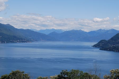 Camera con vista, ideale per coppie - Stresa