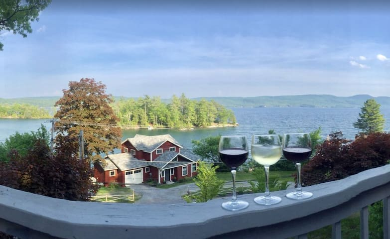 """Cliff Cottage """"THE VIEW"""" Hague on Lake George"""
