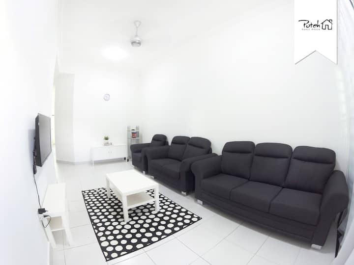 Modern Minimalist Netflix Guest House  in Kerteh