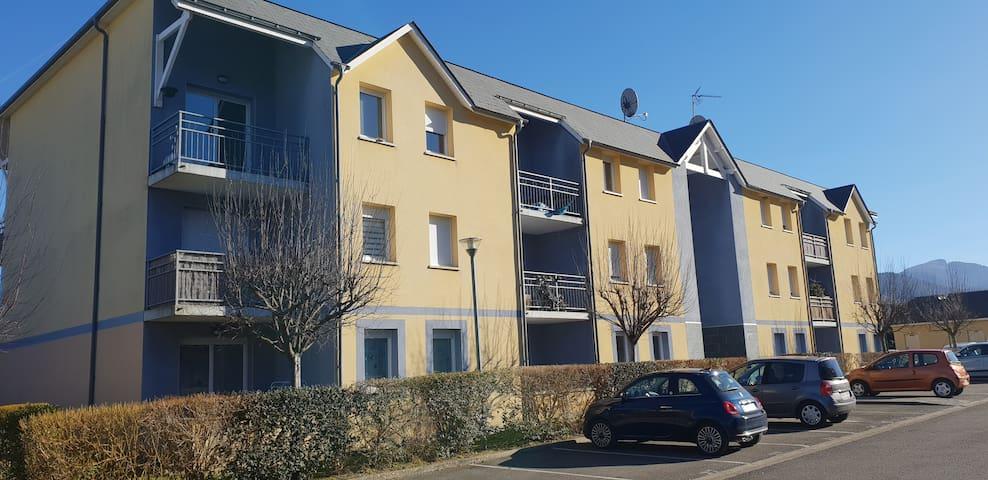 Charmant T2 avec terrasse et parking privé