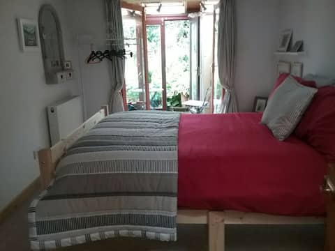 Guest suite,  own entry, self catering.