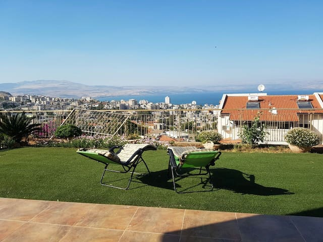 Great view to Sea of galille - Tiberias - Appartement