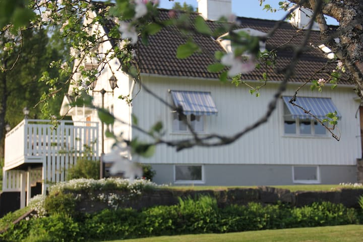 Countryhouse 30 km to Gekås/Ullared - Östra Frölunda - บ้าน