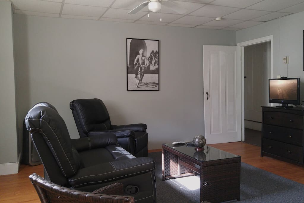 Comfortable living room with new furniture and unlimited movies on demand!
