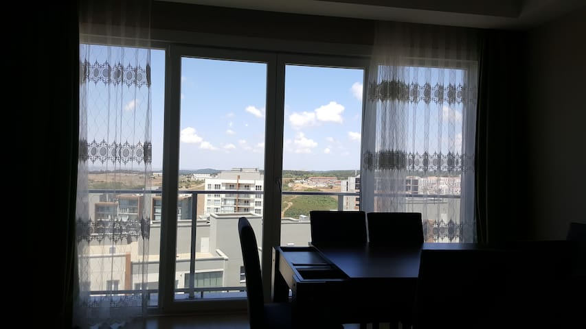 New 3+1 flat with Istanbul view in Başakşehir