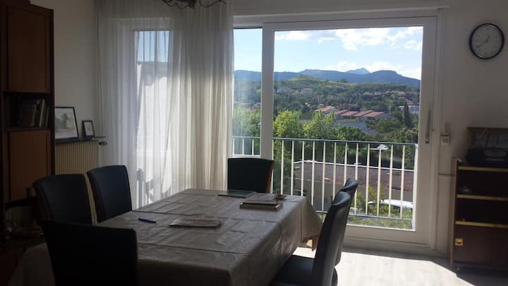 Romagnat : Maison avec vue sur les volcans.