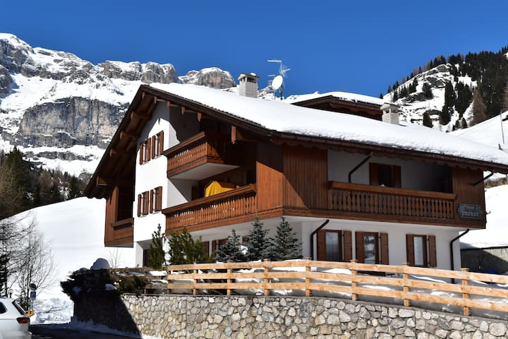 Appartamento Pizac-Chalet Pradat-Dolomiti-Superski - Arabba - Apartment