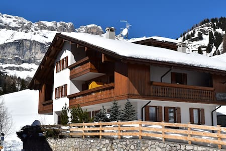 Appartamento Pizac-Chalet Pradat-Dolomiti-Superski - Arabba - Lägenhet