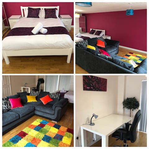 Family/Executive room, near Belfry, free parking