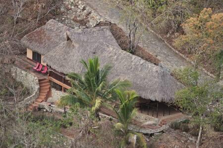 Cabaña Saturno - Puerto Ángel