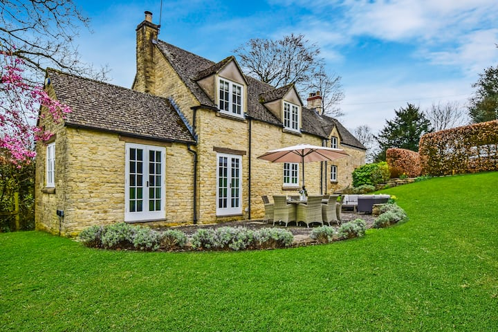 Westerleigh Cottage, Cowley, Cotswolds