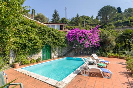 "Villa "" The Pippola"" bed and breakfast - Rapallo - Bed & Breakfast"