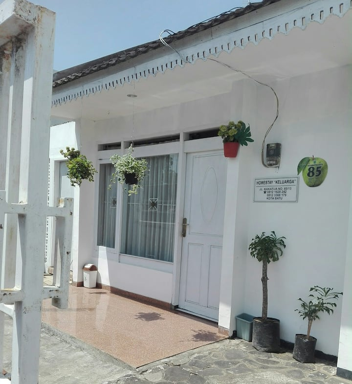 1 HOMESTAY KELUARGA 200K/Night/Privatpool