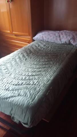 habitacion comoda con calefaccion - Azkoitia - Haus