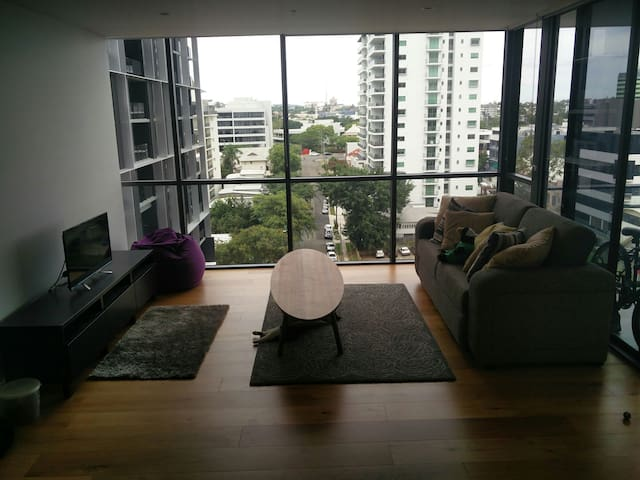Humble little shared apartment - Milton - Wohnung