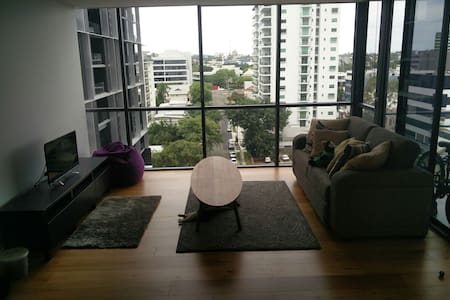 Humble little shared apartment - Milton - Lejlighed