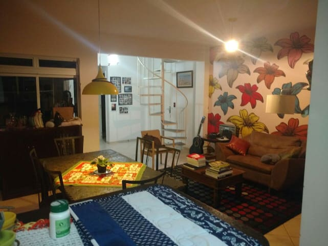 Apto Duplex, 50m da praia, para 8 pessoas. - Itapema, Santa Catarina, Brasil - 公寓