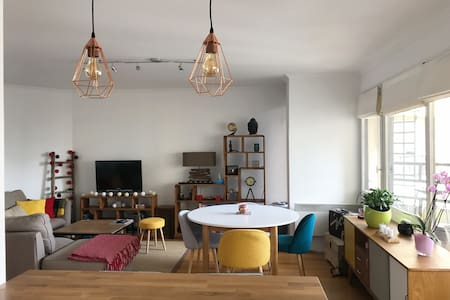 Big Duplex apartment with terrasse ideally located - Vanves - 公寓