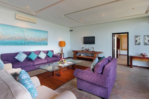 Up to 20% Off 4BR Ocean View Villa By Elevate