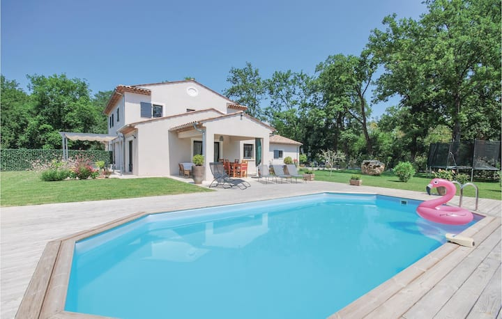 Awesome home in Callian with WiFi and 4 Bedrooms